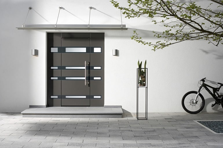 Premium Topic Haustüre Holz Alu neues Design vom Fensterzentrum München